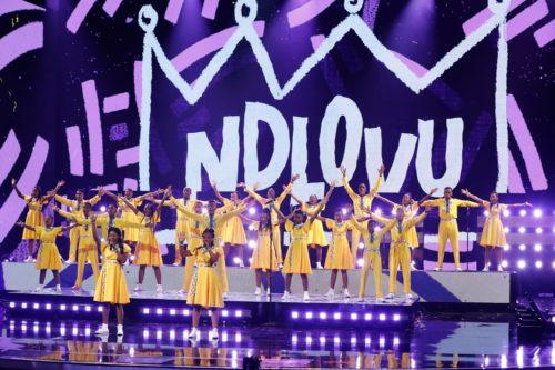 Ndlovu Youth Choir Jaba Jaba (Get the vaccine)