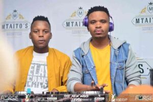 Tee Jay & ThackzinDj – With Sir Trill (Metro FM Mix)